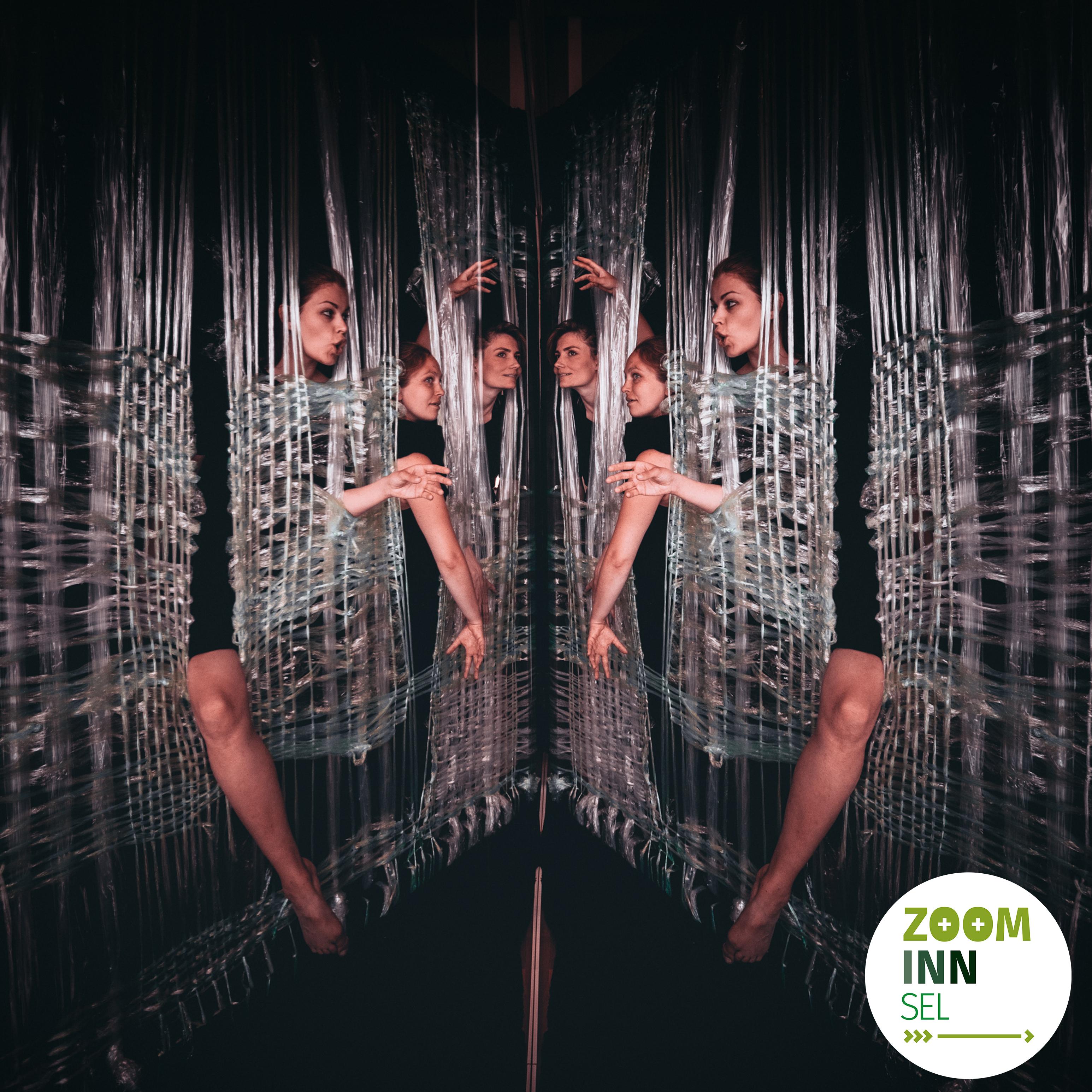 Bilde av tre skuespillere med speilvendt effekt